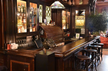 How to Pick the Perfect Design for Your New Bar